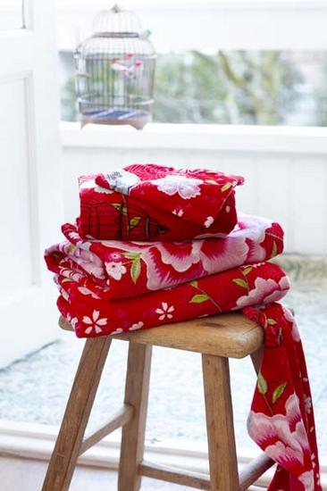 birds in paradise rood handdoeken